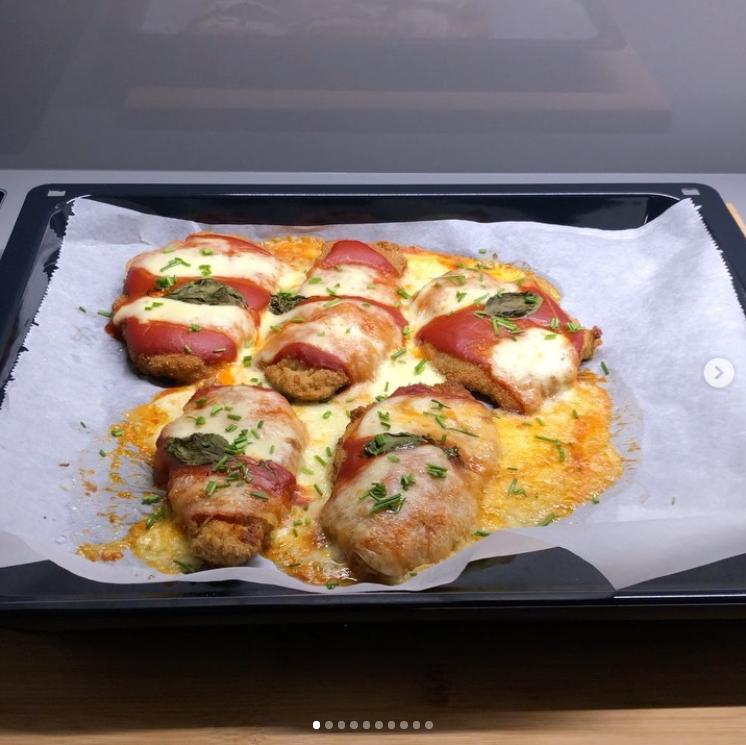 fırında soslu mozzarella peynirli şinitzel tarifi